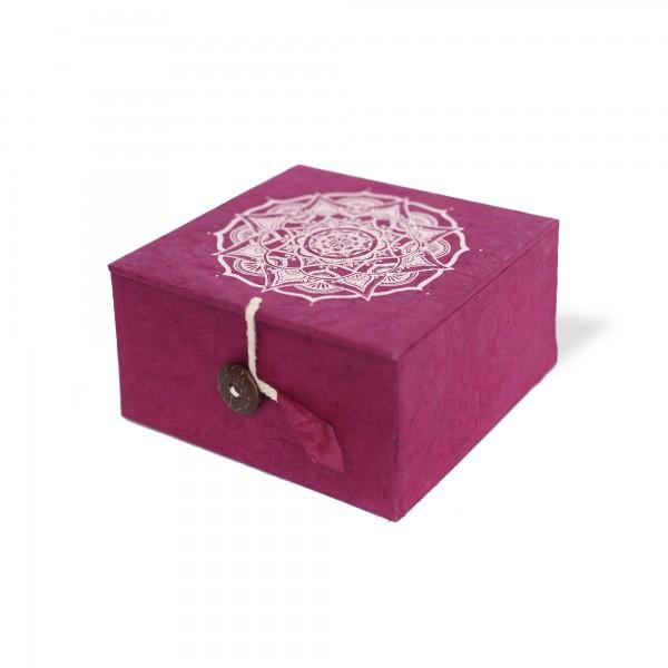 Lokta Box Mandala, rotbraun, weiß, T 11 cm, B 11 cm, H 5,5 cm