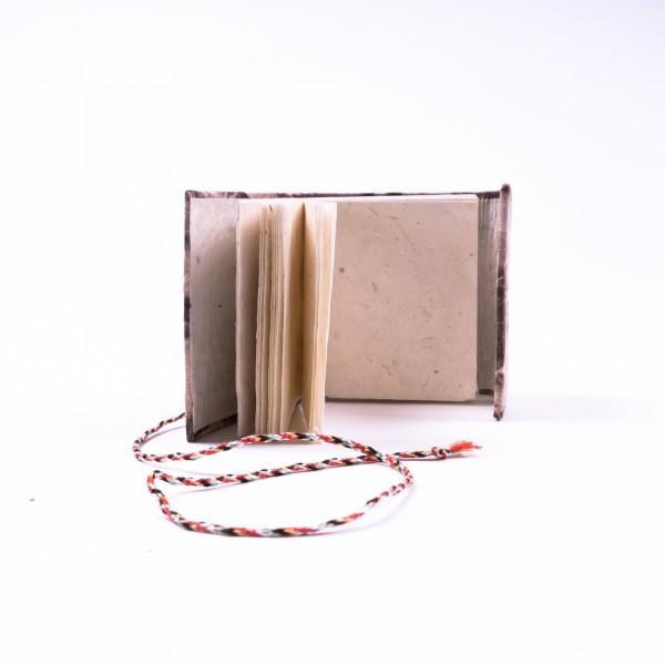 Notizbuch aus handgeschöpftem Papier, braun/weiß, B 8 cm, H 8 cm