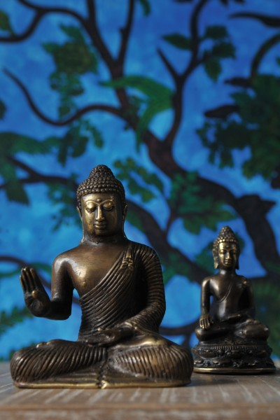 Buddha sitzend, bronze, T 5 cm, B 10 cm, H 13 cm
