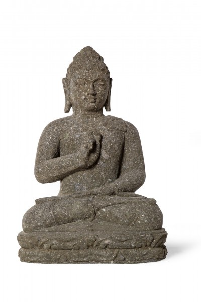Buddha-Skulptur sitzend, grau, T 25 cm, B 33 cm, H 60 cm