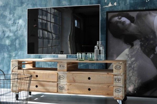 TV-Board 'Palet' mit Rollen, 4 Schubladen, natur, T 39 cm, B 120 cm, H 44 cm