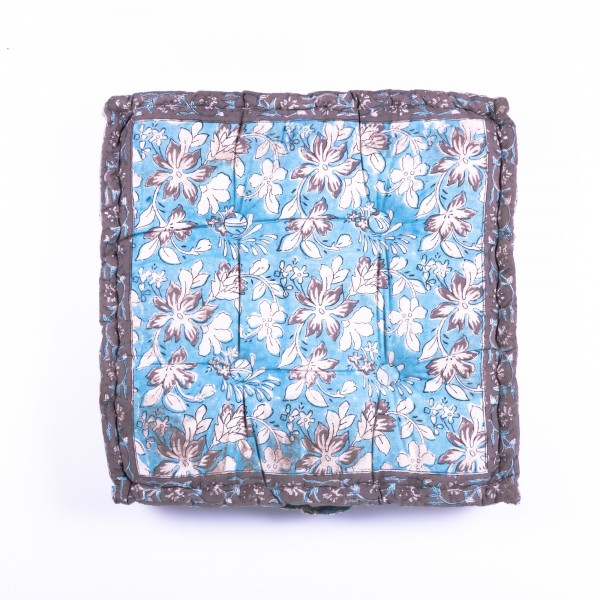"Sitzkissen ""Hasina"", manuelles Blockprintverfahren, L 48 cm, B 48 cm, H 10 cm"