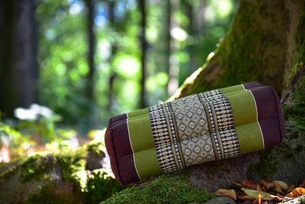 Yogakissen, braun, grün, T 17 cm, B 15 cm, H 35 cm