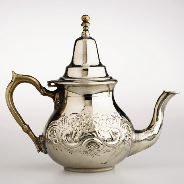 Teekanne ohne Füße, silber, H 22 cm, Ø 13 cm