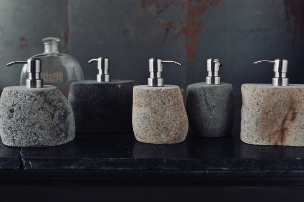 """Seifenspender """"Salsa"""" aus Naturstein, Ø 12 cm, H 16 cm"""