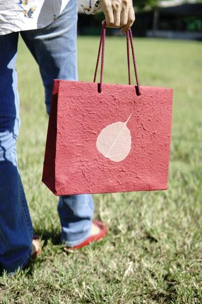 Tasche Bodhi Blatt, burgund, T 10 cm, B 30 cm, H 25 cm