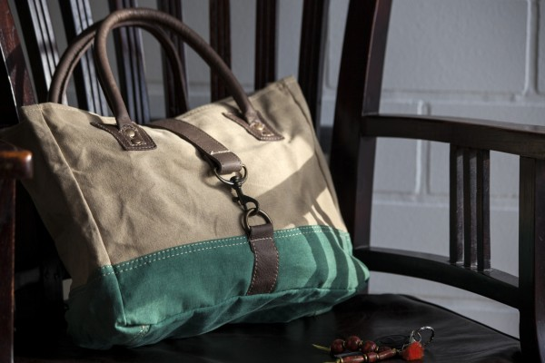 Tasche 'Lester', grün, beige, T 33 cm, B 25 cm, H 11 cm