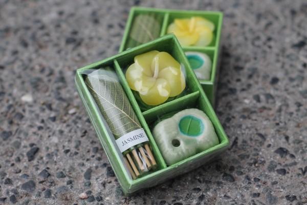 Kerzenset Jasmin, grün, T 6,5 cm, B 7,5 cm, H 0,1 cm
