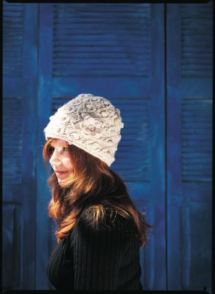 Handgestrickte Wollmütze aus Nepal, weiß