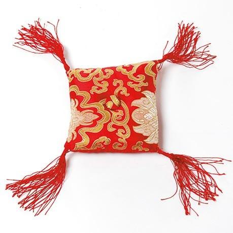 Klangschalenkissen, rot/gold, L 13 cm, B 13 cm, H 4 cm