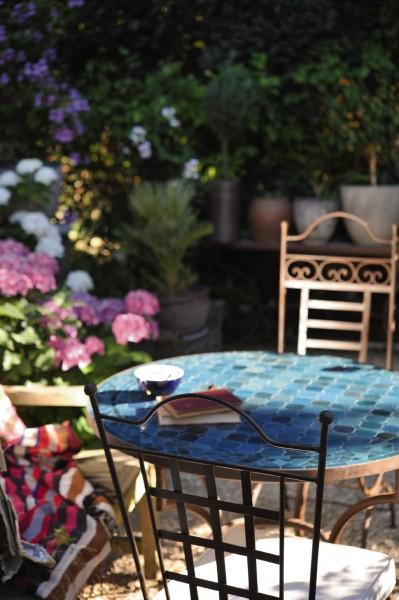 runder Tisch, ozeanblau, Ø 90 cm, H 75 cm