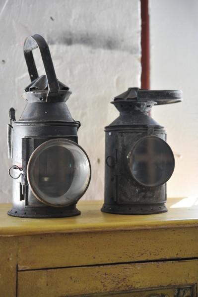 Eisenbahner Laterne, schwarz, T 20 cm, B 20 cm, H 37 cm
