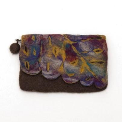 Handgefilzte Geldbörse, braun, B 16 cm, H 13 cm