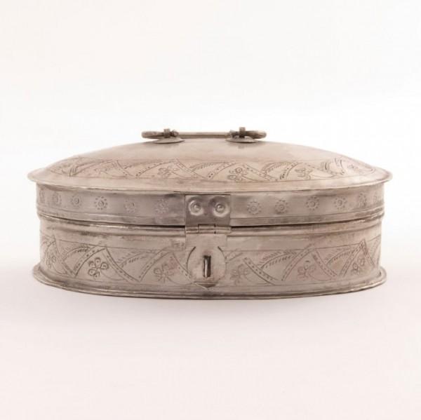 Metallschatulle oval, vernickelt, silber, L 16 cm, B 23 cm, H 8 cm