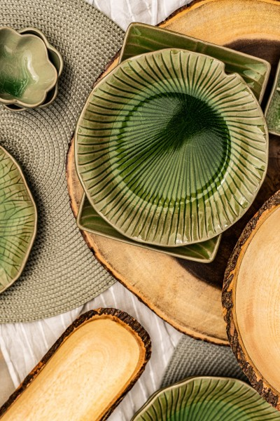 Teller Lotusblatt, grün, T 22 cm, B 22 cm