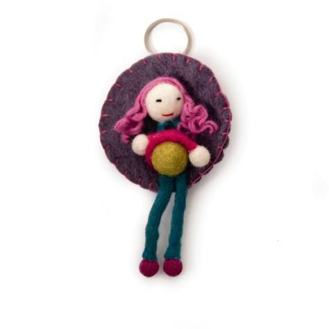 """Handgefilzter Schlüsselanhänger """"Puppe Lalita"""" aus Nepal, aus 100% Schafswolle"""