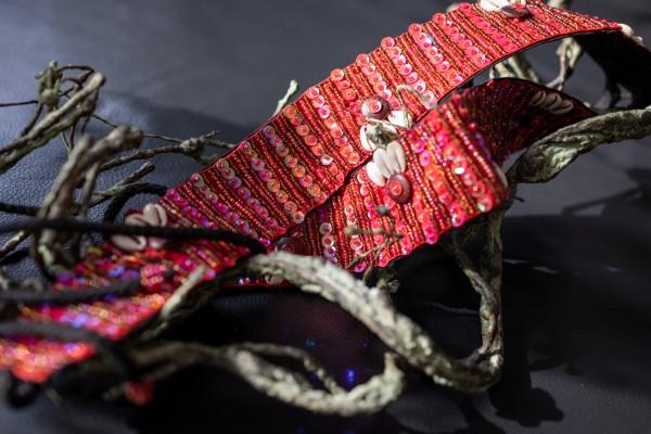 Gürtel Pailletten, rot, T 85 cm, B 5 cm