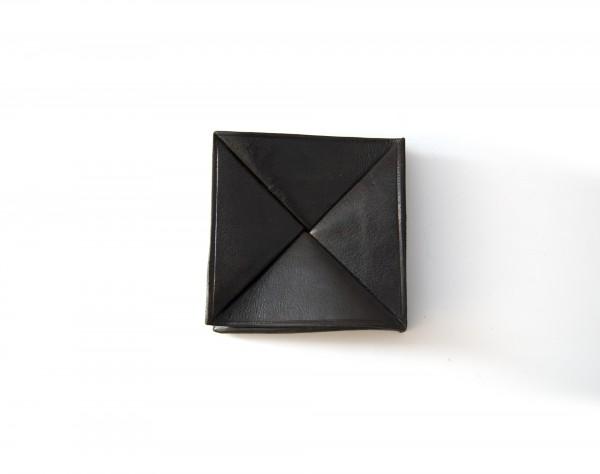 Münzbörse, schwarz, T 7 cm, B 7 cm, H 7 cm