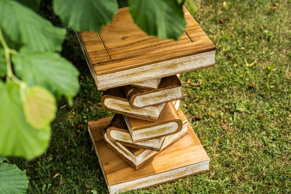 Bücherstapel, natur, T 35 cm, B 35 cm, H 38 cm
