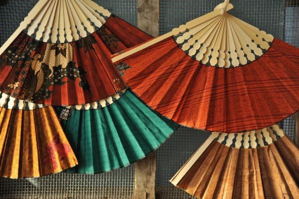 Traditioneller Fächer aus Bambus, Ø 36 cm