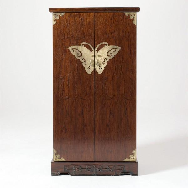 CD-Bar mit Schmetterlingsbeschlag, braun, H 132 cm, B 70 cm, T 36 cm