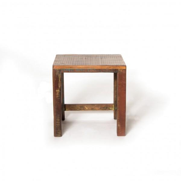 """Beistelltisch """"Hove"""" aus Akazienholz, Größe M, L 30 cm, B 38 cm, H 42 cm"""