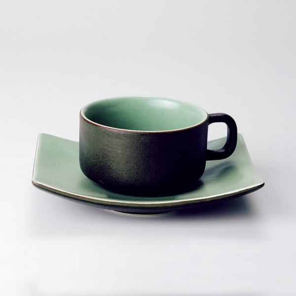 "Teetasse ""dunkelbraun"" mit Unterteller ""grün"", dunkelbraun/grün"