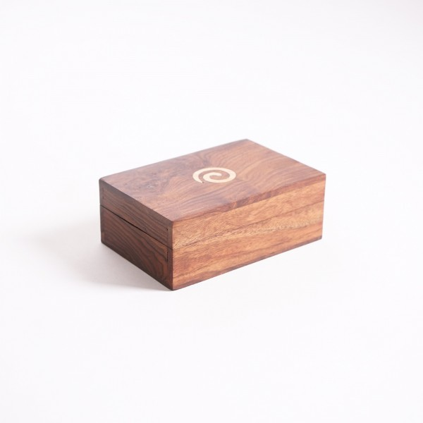 Holztruhe mit Messingintarsien, braun, L 10 cm, B 15 cm, H 6 cm