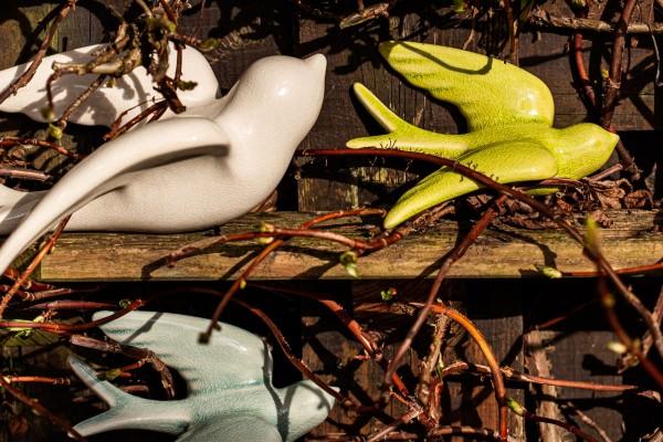 Keramikschwalbe S, grün, T 16 cm, B 7,5 cm, H 12 cm