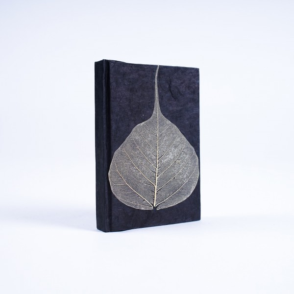 Notizbuch 'Blatt' aus handgeschöpftem Papier, schwarz, B 8 cm, H 11,5 cm