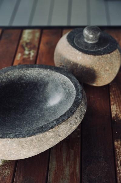 Deckelbehälter aus Naturstein, grau, T 19 cm, B 15 cm, H 12 cm