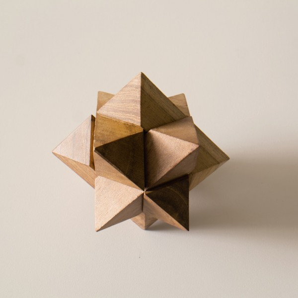 """Puzzle """"Stern"""" aus Holz, braun, Ø 7 cm"""