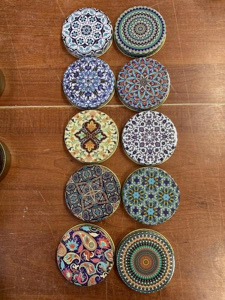 Geschenkdose aus Zinn, multicolor, Ø 7 cm, H 3 cm