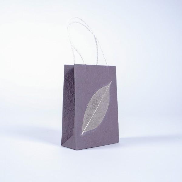 Tasche aus handgeschöpftem Papier, grau, L 11,5 cm, B 5 cm, H 16 cm