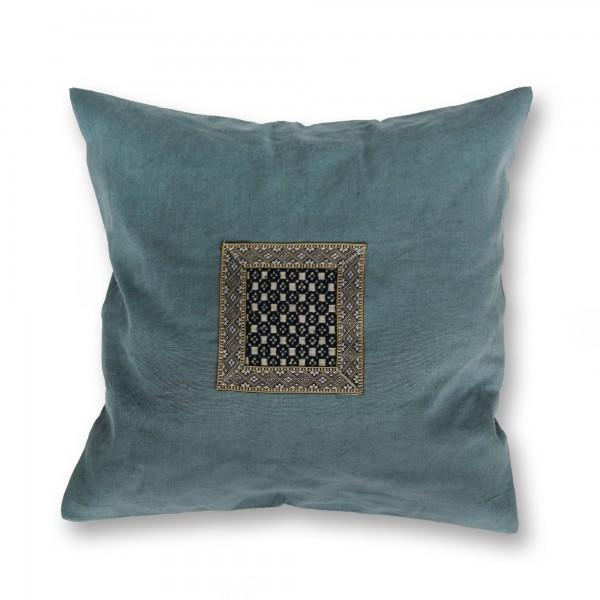 Kissenhülle aus Hanf (Applikation Seide alt), blau, T 45 cm, B 45 cm