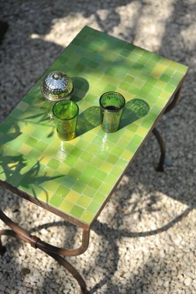 Kacheltisch S, grün, T 40 cm, B 30 cm, H 36 cm