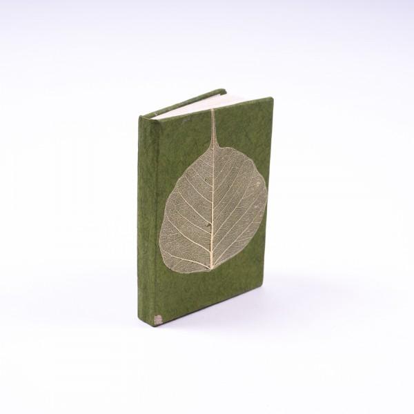 """Notizbuch """"Blatt"""" aus handgeschöpftem Papier, grün, B 5,5 cm, H 7,5 cm"""