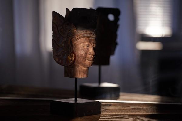 Skulptur 'Sita', natur, T 1,4 cm, B 1,1 cm, H 3,1 cm