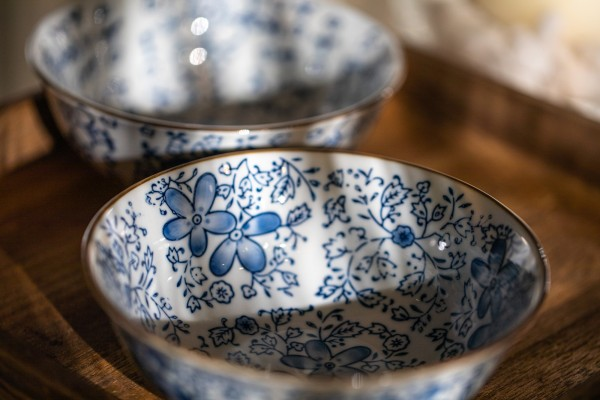 Suppenschale Blumenmuster, weiß, blau, H 6,5 cm, Ø 15,5 cm