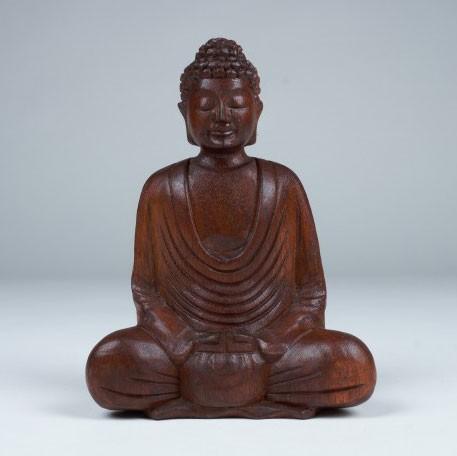 Handgeschnitzte Buddhafigur sitzend, L 8 cm, B 15 cm, H 22 cm