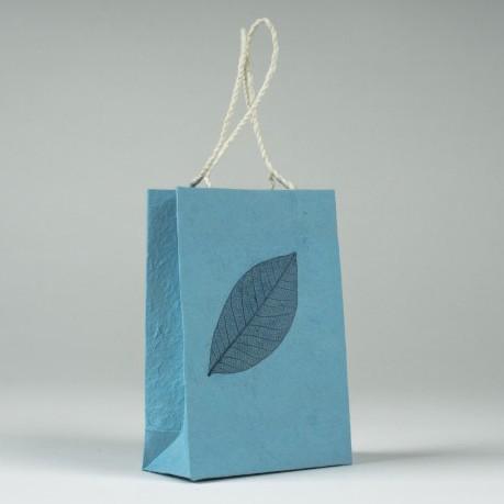 Tasche aus handgeschöpftem Papier, blau, B 11 cm, H 16 cm