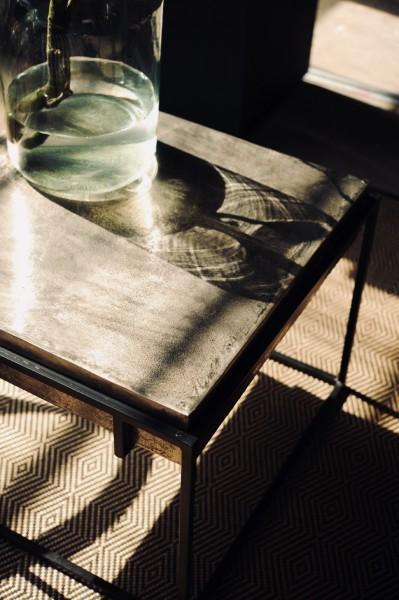 Kaffeetisch 'Tin', schwarz, zinn oxidiert, T 63 cm, B 63 cm, H 48 cm