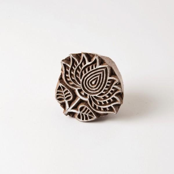 Holzstempel, handgeschnitzt, L 4-5 cm, B 4-5 cm
