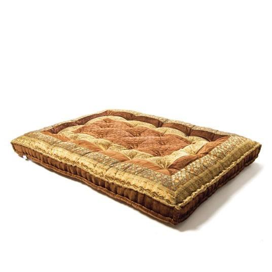 großes Bodenkissen im Bollywoodstil aus Rajasthan, braun/gold, L 100 cm, B 150 cm