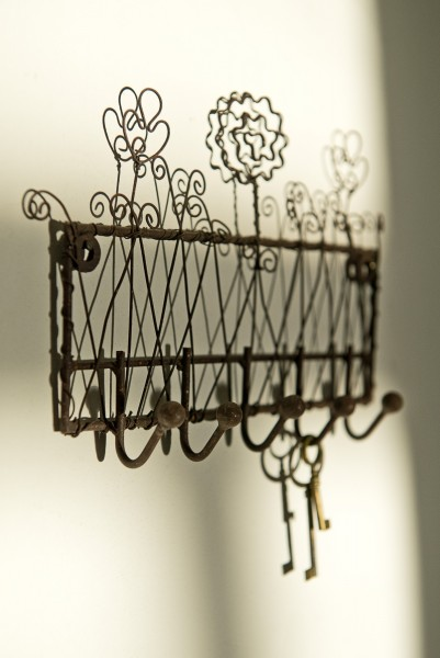 Wandhakenleiste, antik-braun, B 23 cm, H 14 cm
