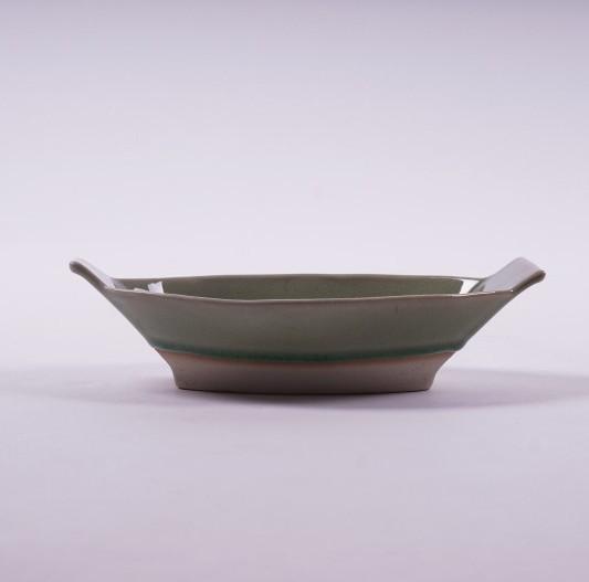 Schale, grün, L 21 cm, B 12 cm, H 5 cm