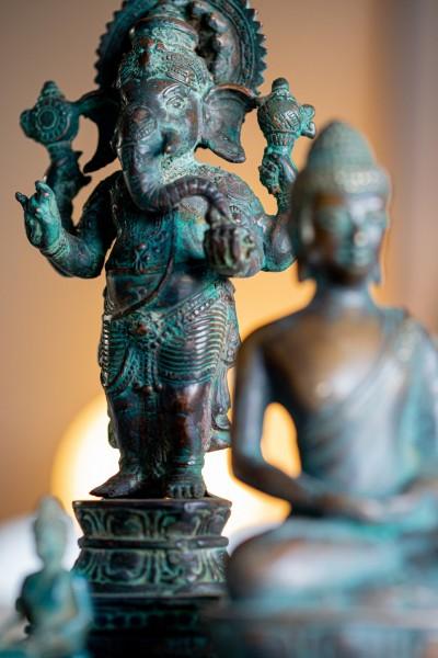 Ganesha, antik grün, T 7 cm, B 10 cm, H 24 cm