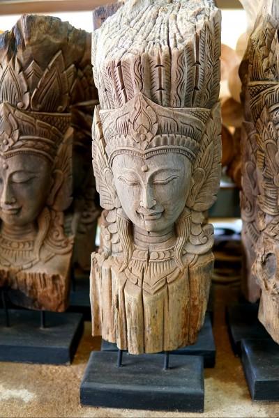Holzschnitzerei 'Apsara', natur, T 20 cm, B 25,5 cm, H 74 cm