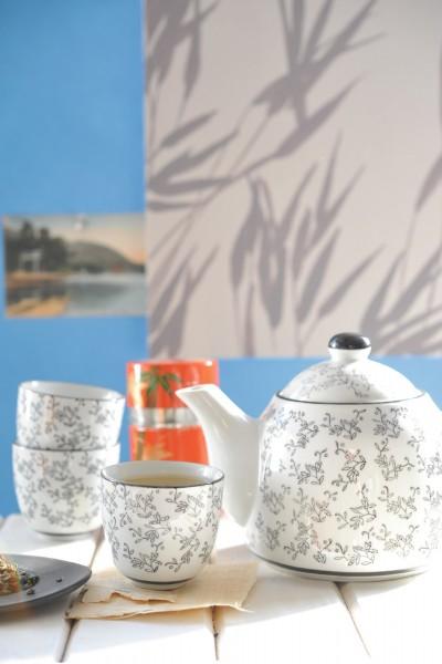 Chinesisches Teeservice 'Akuma', 3 Tassen & Teekanne, schwarz/weiß