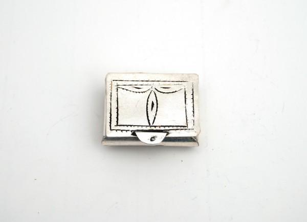 Schmuckkästchen rechteckig, T 2 cm, B 5 cm, H 14 cm